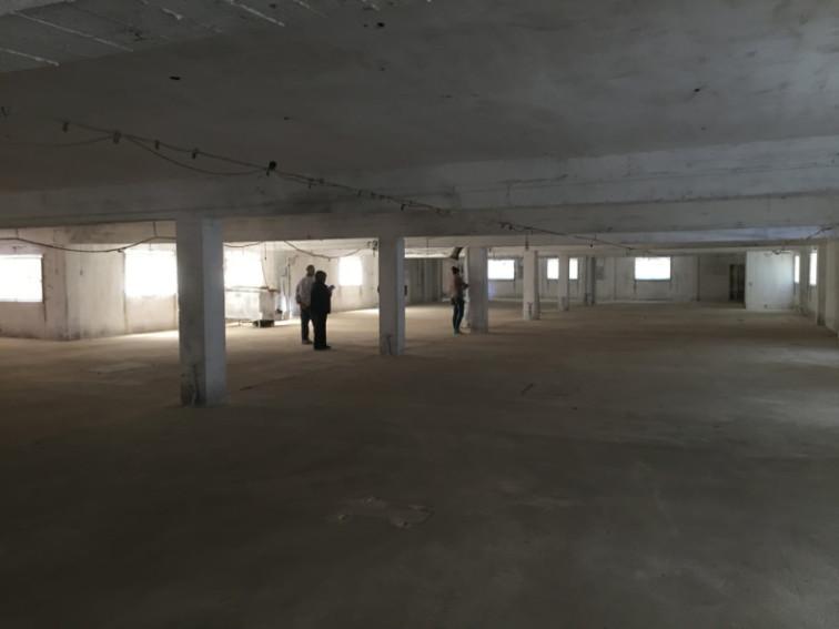 nave-zaragoza-local-obra-arquitectos-espacio-diafano