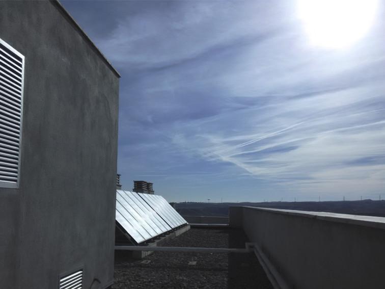 placas-solares-rehabilitacion-energetica-edificio-esarquitectos-arquitectos-zaragoza