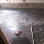 colocacion-suelo-cocina-pequeña