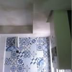 encuentro-techo-alicatado-vintage-cocina-pequeña
